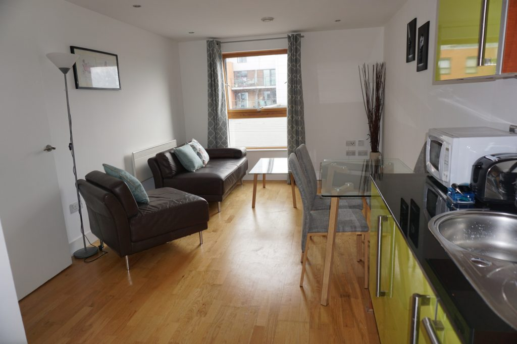Apartment for rent in LS10 Magellan House Leeds lounge
