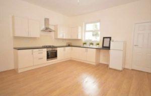 property for rent in ls8 Gathorne Terrace Leeds kichen