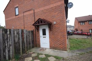 Property for rent in LS9 Wepener Place Leeds exterior