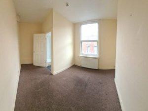 Property for rent in LS11 Burlington Palace Leeds bedroom